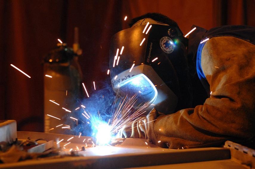 Технология и оборудование сварочных работ соответствующая нормативным, руководящим документам их проведения в этой отрасли